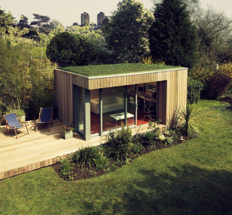 cabane-jardin-moderne-éco-toit-plat-gazon-terrasse-bois-chaises ...